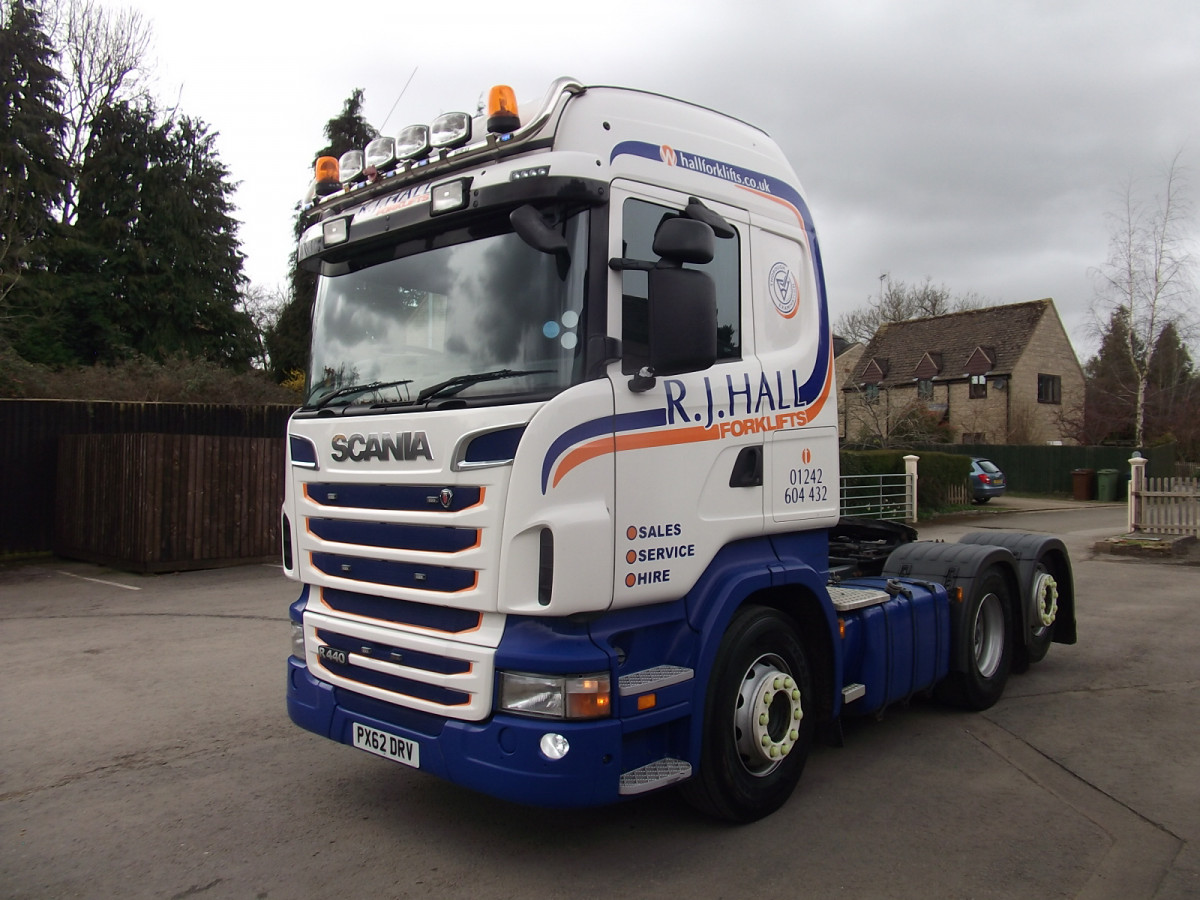 Scania R440 Tag Axle Tractor Unit